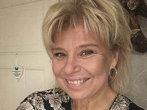 Carina Lampinen är en glad person som gillar att glädja andra. Bild: Privat