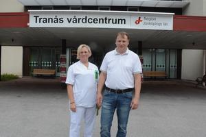 Jenny Nilsson och Peter Lundin Johansson på Tranås vårdcentral.