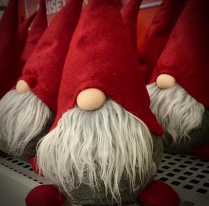 På Insta: THEY'RE BACK. #tomtar #julhandel #november. Bild: Björn Brånfelt