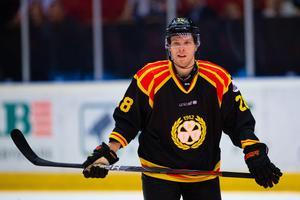 Lukas Zetterberg har gjort tre mål på tre matcher för VIK Hockey den här säsongen. Foto: Kenta Jönsson (Bildbyrån).