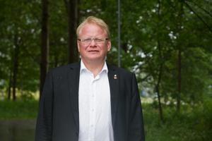 Försvarsminister Peter Hultqvist och...