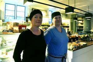 Karin Gysling och Mari Moberg kompletterar varandra bra där den ena varit kock och den andra har varit bagare.