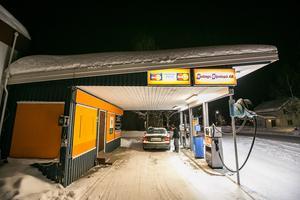 Den obemannade bensinmacken i Rossön.