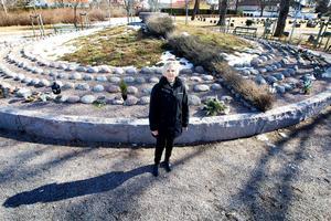 Carina Vindeland hoppas att alla som vill säga adjö till Viktor ska känna sig välkomna till gravsättningsandakten 2 maj.