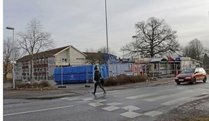 Nu är det klart att den brandskadade kiosken i Pålsboda ska rivas.  Enligt ägaren är huset för dåligt för att renovera, och han anser sig inte ha råd att investera i ett nytt.