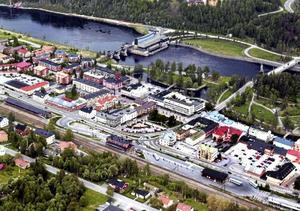 Johan Andersson (C) är kritisk till Sollefteå kommun blir mer centraliserad utifrån Socialdemokraternas styre.