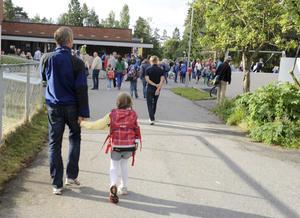 På väg mot den först skoldagen pirrar det nog lite extra i magen. Liberalerna i Örebro skriver om skolpolitiken i Örebro kommun. FOTO: Terje Pedersen