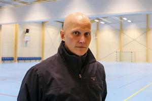Mattias Persson är mycket nöjd med projektet har följt både tidsplan och budget. Att sporthallen är en kopia av den som redan byggts i Strömsund är något som har underlättat.