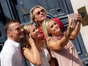 Selfie-time med Magnus Carlsson, Elisa Lindström, Tommy Nilsson och Sofia Källgren i Rom. Bild: Kristofer Sandberg.