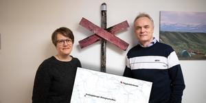 Cecilia Odelberg, naturvårdshandläggare och Per Sander, chef för områdesskydd och förvaltning på länsstyrelsen i Jämtlands län.