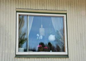 Polisen larmades till parets hem i Sidsjöområdet natten mot den 1 april i år.