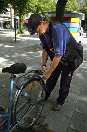 En av många hojar. Cyklar tycks ha blivit slit-och slängvaror, säger Bosse Finsberg.