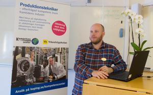 Janne Rautiainen säger att YH-utbildningen i Köping är unik i den här delen av Sverige och att de som ligger bakom utbildningen har arbetat tillsammans sedan 2017 för att få alla tillstånd för att starta utbildningen.