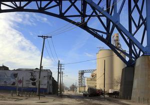 Elm Avenue i ett industriområde nära centrum i Cleveland.