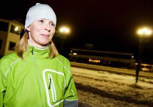 """Irene Karlsson Burman vann damtävlingen. Hon gillar att åka skridskor och tränar ofta. """"Nu ska jag åka Vertex24, jag tävlar ihop med kollegor på Jämtkraft, sa hon.Foto: Ulrika Andersson"""