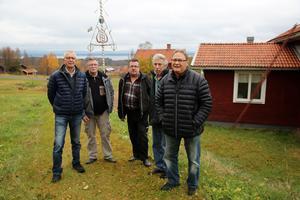 Rolf Almstedt, Tord Häggström, Göran Gref, Börje Andersson och Erik Spännar från Sörmedsjöns byförening i Orsa.