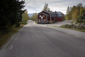 Lundvägen i Forsa föreslås behålla 50 kilometer i timmen i väntan på cykelväg, medan korsande Berglocksvägen kan sänkas till 30 kilometer i timmen.