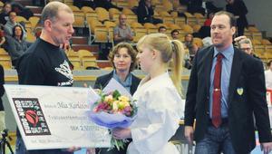 Mia Karlsson fick två stipendier.