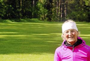 För sex år sedan fick Maria Hellström diagnosen ME, en neurologisk sjukdom som innebär en långvarig, funktionsnedsättande utmattning. Nu måste hon koncentrera sig på en sak per dag, men det gäller också att röra på sig en stund varje dag.