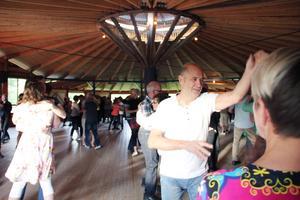 Järvsö BK och Kent Skalberg får Ljusdals kommuns kulturstipendium för anordnandet av danserna i Nor.