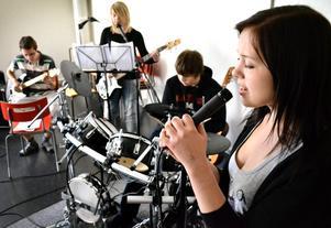 Under veckan har det varit elevens val på Kyrkbacksskolan. För Simon Gudmundsson, Linn Hansson, Simon Grund och Matilda Pettersson var musik ett självklart val.