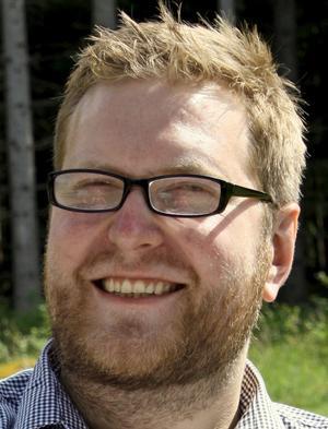 Studentlivskoordinator. Linus Gustavsson är bryggan mellan kommunen och universitetet.