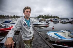 Lars Nordlund tycker att båtklubbens rutiner fungerar bra. Efter införandet har stölderna nästan upphört helt.
