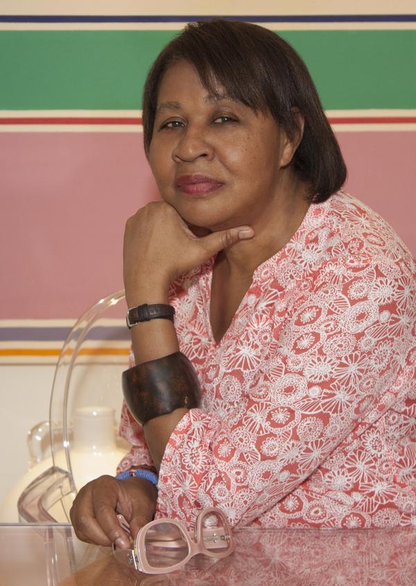 Bokförlaget Tranan ger ut flera böcker av den karibiska författaren Jamaica Kincaid.