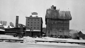 När den här bilden togs 1959 fanns bara en och en halv silo.