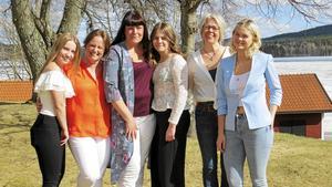 Sånggruppen Anna-Karin Linder, Helena Björk och Anna Frost Lönn med döttrarna Sara, Madeleine och Klara höll en bejublad konsert i Svärdsjö kyrka till fromma för Barncancerfonden i lördags kväll.
