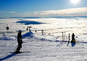 En undersökning visar att Åre är dyrast i Sverige för skidsemester men vid en internationell jämförelse är det billigt. Foto: Henrik Flygare