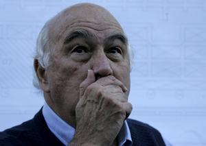 Tystas. Landstinget överger den representativa demokratin när det vill avveckla pensionärsrådet, hävdar debattörerna. foto: scanpix