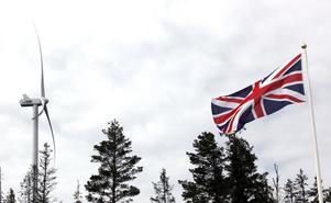 Storbritanniens flagga fladdrade i vinden för att symbolisera det brittiska delägarskapet i parken.