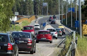 Trafikanterna har hittat till Västra vägen och trafiken i Norrtälje har minskat, visar mätningar från kommunen och Trafikverket.