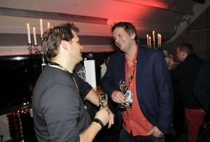 Maryus Hansen, produktchef för Telenor Arena i Oslo, och Öystein Flenning, VD för samma arena, var inbjudna av Fredrik Granting för att få se 50 Cent.
