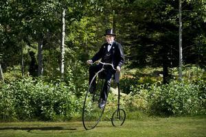 Bengt Nilsson från Eskilstuna hade tagit med sig sin höghjuling - en Viktor light roadster tillverkad i Boston 1886.