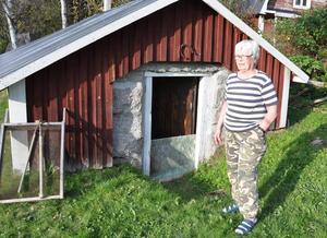 Kerstin Carlström i Fågelsjö befann sig i jordkällaren när skalvet kom.
