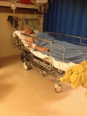 Mohamed på sjukhuset i Östersund. Foto: Mohammed Jalbot