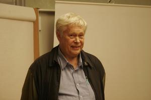 – Intresset kring Holmgård är oerhört stort. Därför är det roligt att vi kan erbjuda lite föreläsningar ibland, säger Wille Persson, ordförande Holms Kultur- och Fornminnesförening.