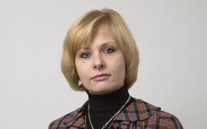 Iryna Rybalko Carlsson (SD), ersätts av Tommy Grönberg
