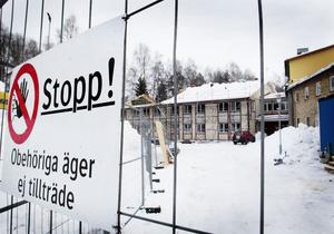 Det nya taket kostar knappt 1,7 miljoner kronor.
