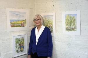 Lena Beckman Risberg visar sina akvareller den här månaden på Ödbergska gården.