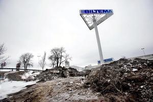 Strax efter halv sex på morgonen den 28 mars 2010 fick polisen larm om en överfallsvåldtäkt vid Eurostop.