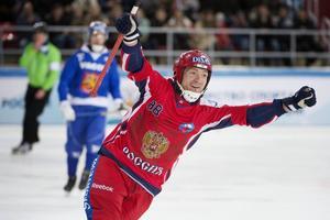 Evgeny Ivanushkin, tremålsskytt för hemmanationen i VM-premiären.