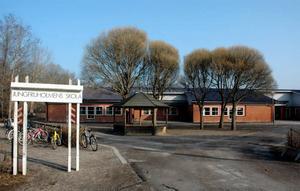 FÄRRE LOKALER. Älvkarleby kommun har färre lokaler i dag. Och ett politskt beslut är taget att Jungfruholmens skola ska stänga 2013.