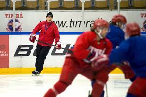 Roger Forsberg ser ut att stanna i Timrå IK.