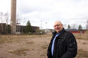 Ulf Berg vill att Avesta kommun köper in fastigheten i Högbo där bland annat Gränges aluminium haft verksamhet. Han anser att området, med utsikt mot centrala Avesta, är utmärkt för byggande av villor och flerfamiljshus.