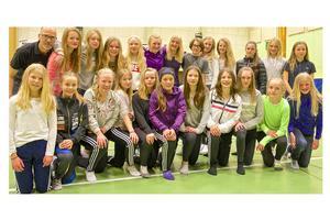 Många ungdomar deltog i Jämtland-Härjedalens skidförbunds vårläger i Sveg under helgen.
