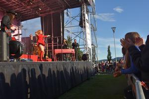 Gratiskonserten Sjunde i Sjunde firade i år tioårsjubileum – med Miss Li.  Foto: Marcus Andersson
