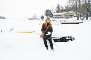 Vinterbilden 2007. Årets modell: Erika Nilsson. Medeltemperatur: -0,3. Nederbörd: 143,3. Foto: Lennye Osbeck.